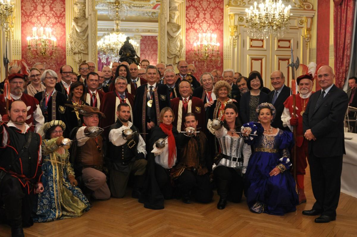 nouveaux dignitaires comité des fêtes de Lyon